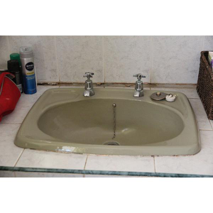 CAST IRON HAND WASH BASIN WITH 2 TAPS (HOT&COLD)